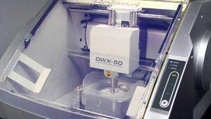 impresiones digitales –escáner dental- permiten copiar la forma de los dientes de una manera muy precisa